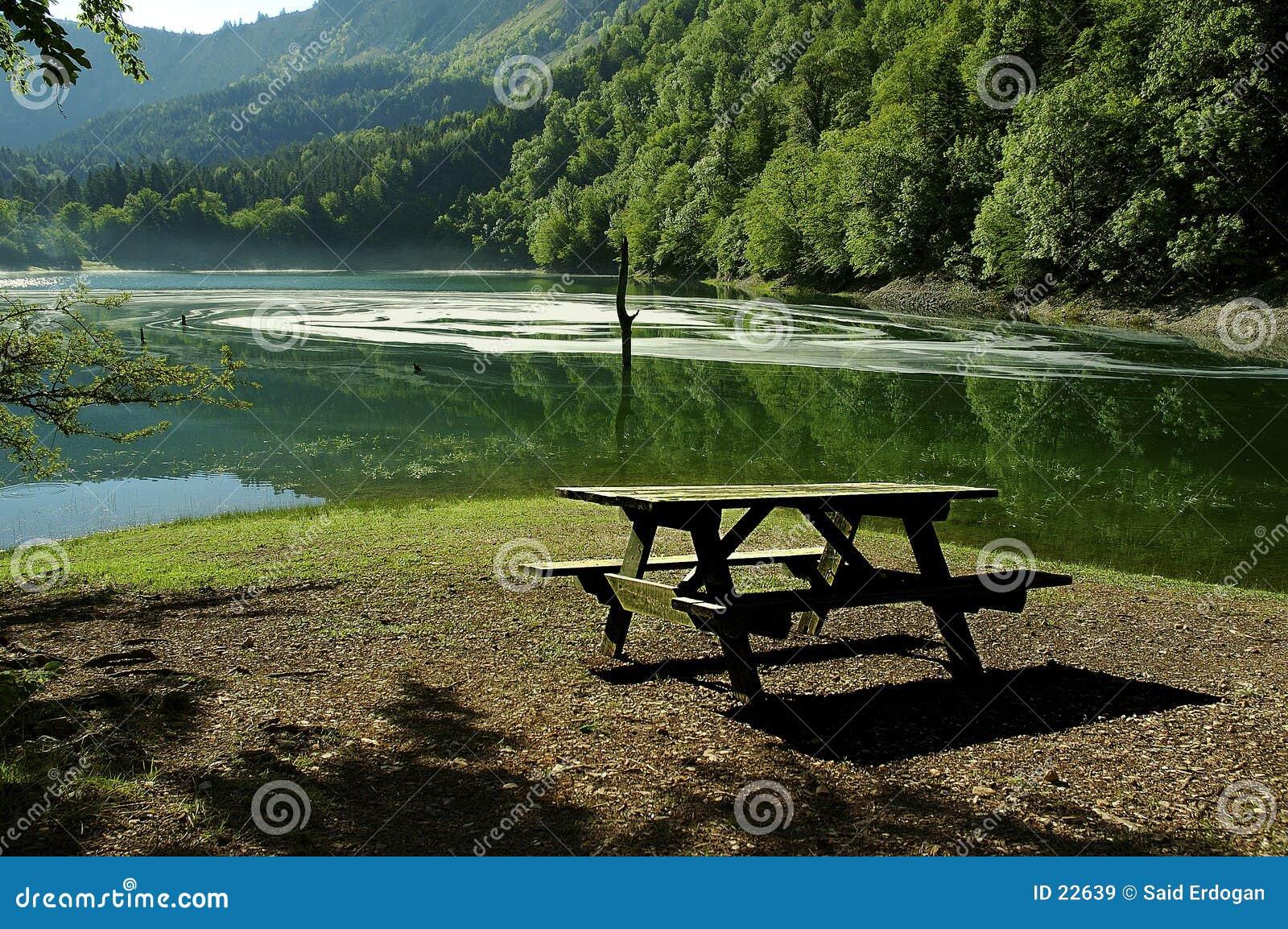 Lago Leech