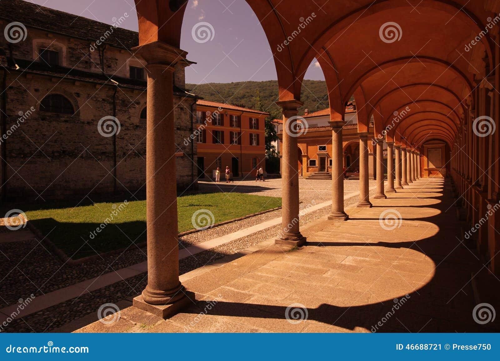 LAGO MAGGIORE DE EUROPA ITÁLIA