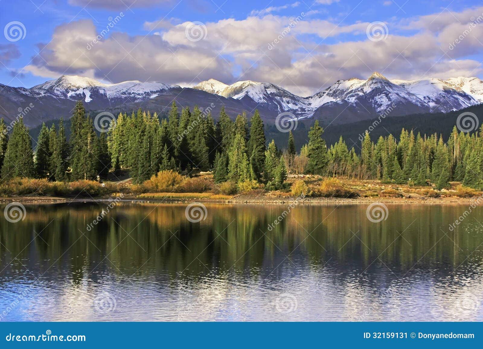 Lago molas e montagne dell ago, regione selvaggia di Weminuche, Colorado
