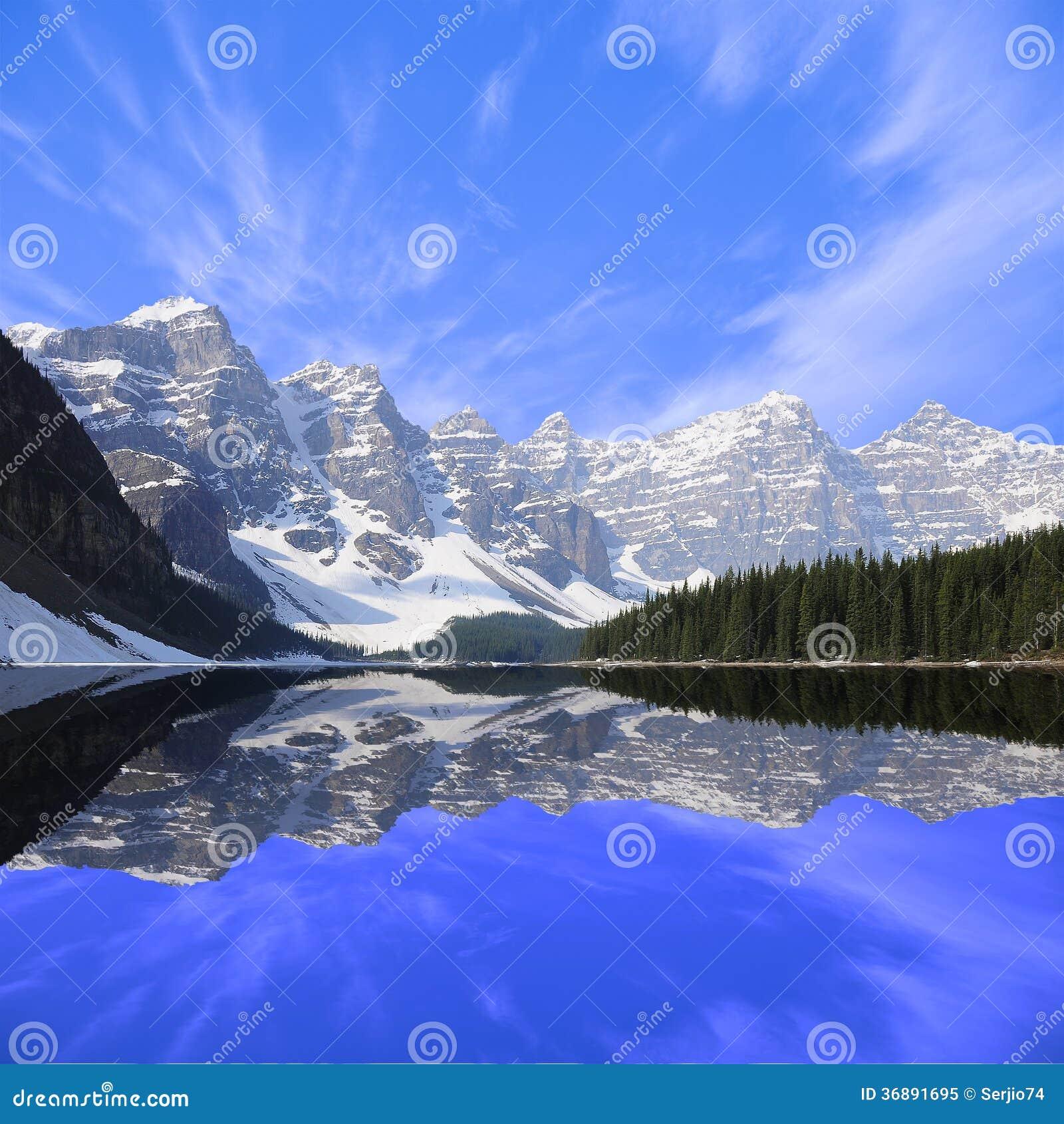 Download Lago moraine. immagine stock. Immagine di roccia, cielo - 36891695
