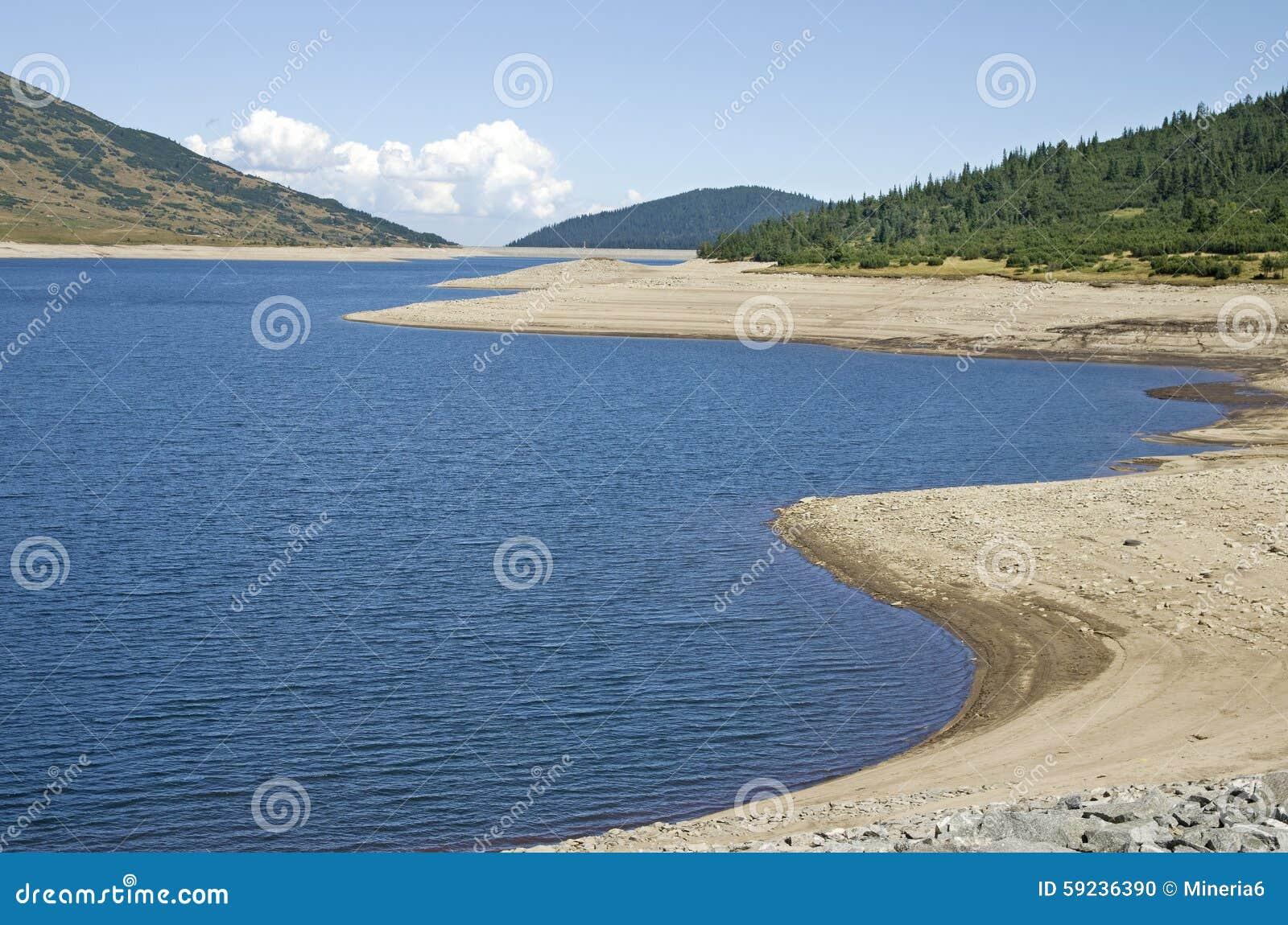 Download Lago Mountain Durante Sequía Foto de archivo - Imagen de bulgaria, fondo: 59236390
