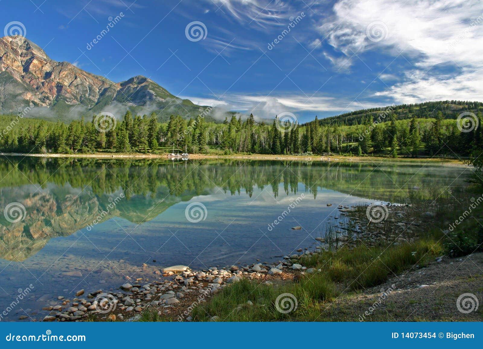 Lago Patricia di mattina