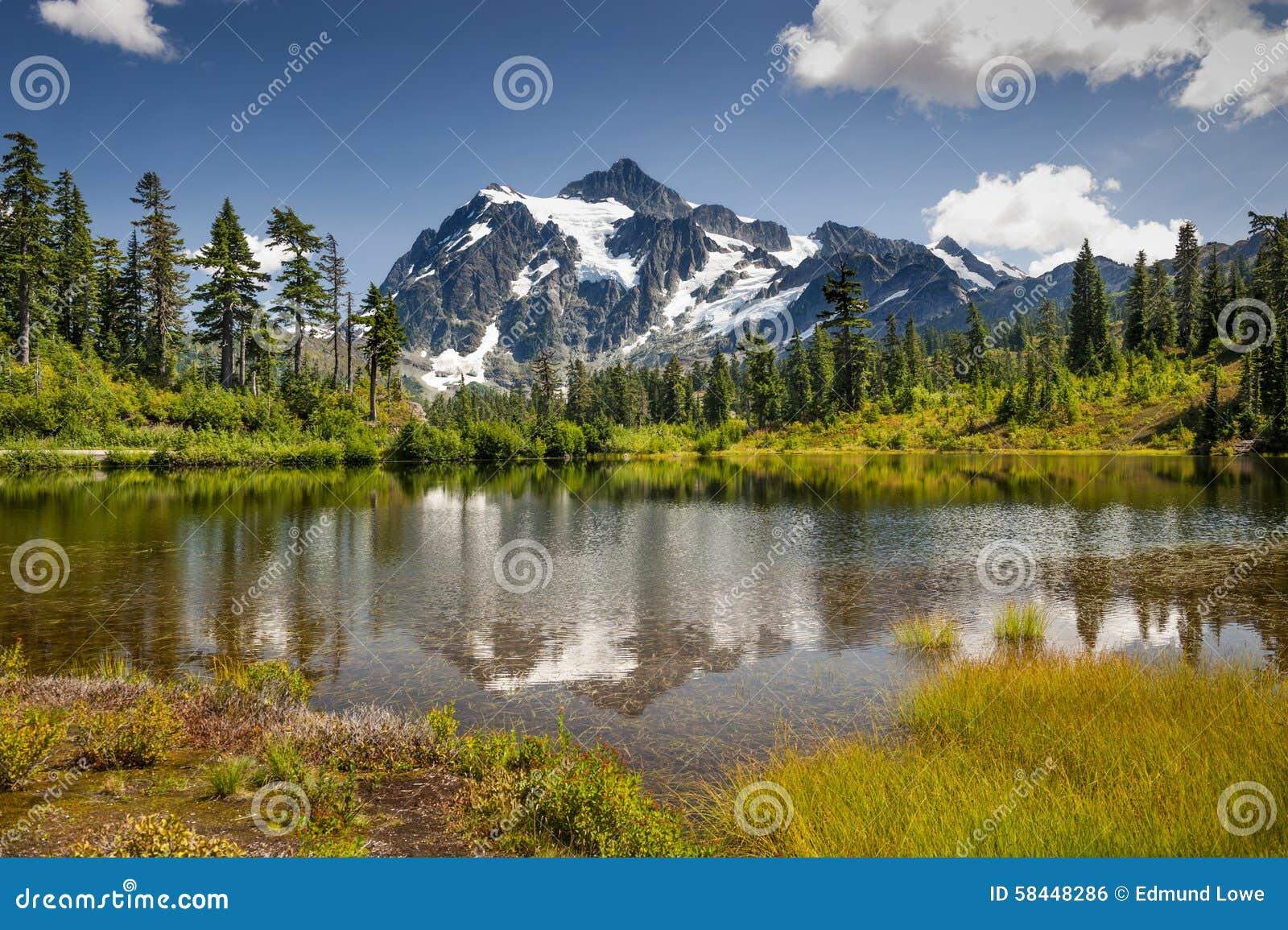 Lago picture, Mt Floresta nacional do padeiro-Snoqualmie