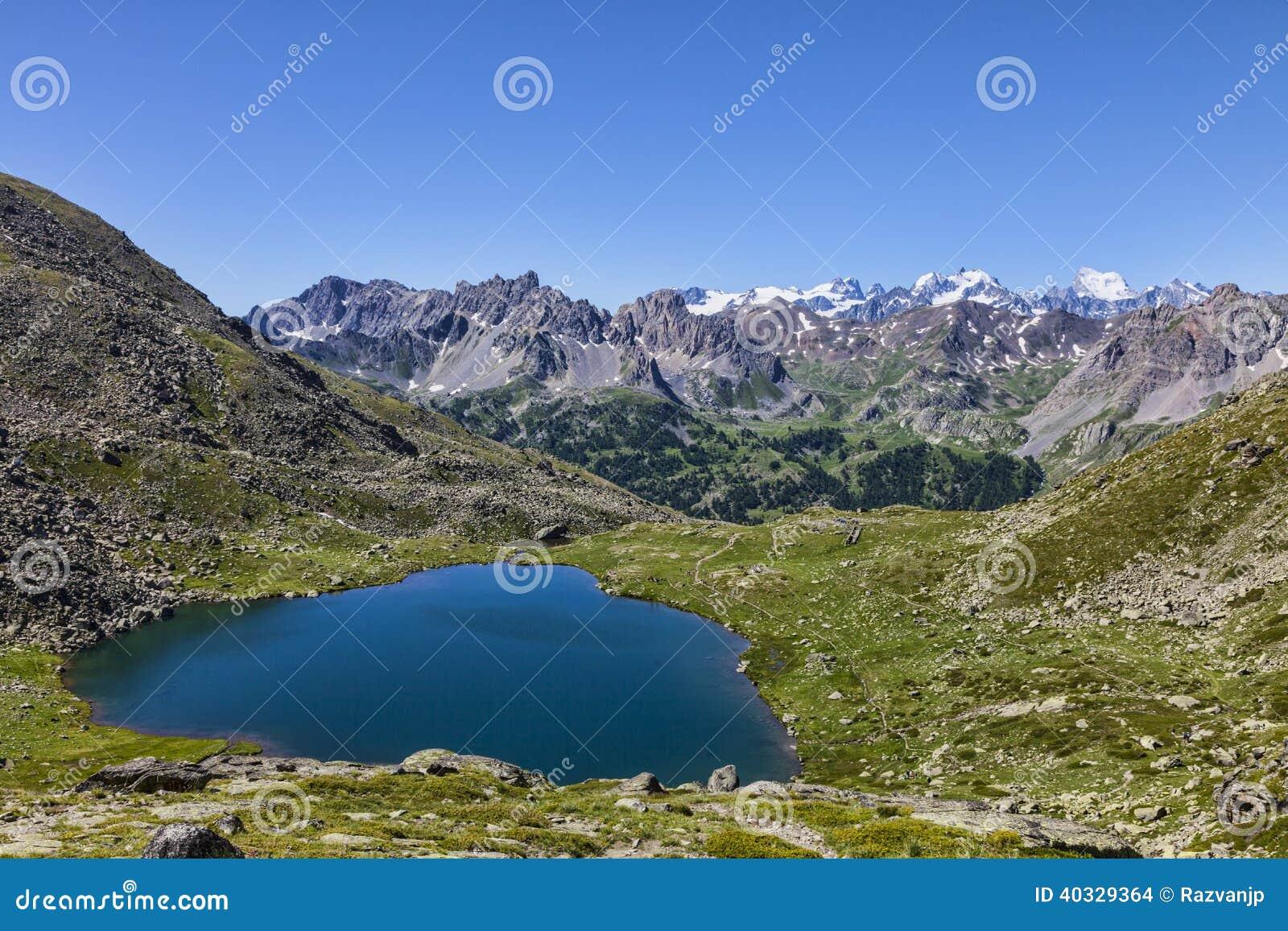 Lago snake (Lac du Serpent)