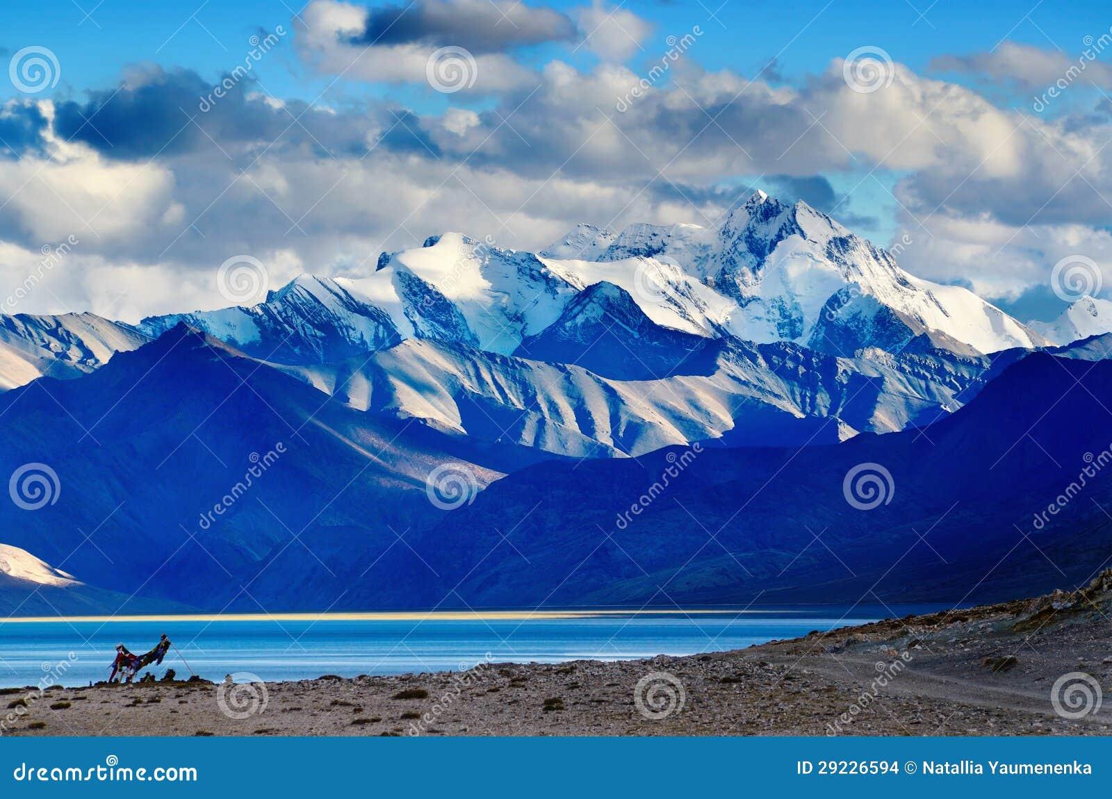 Download Lago Tso Moriri Após O Por Do Sol Foto de Stock - Imagem de pico, majestoso: 29226594