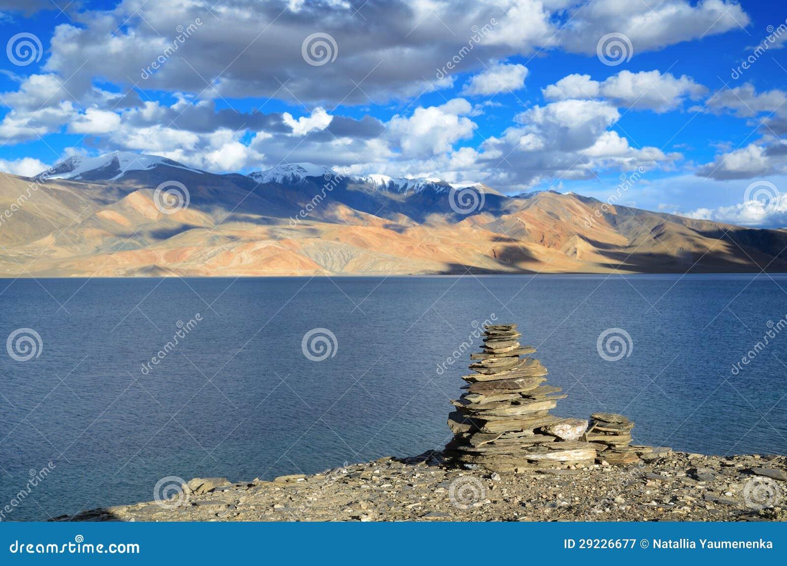 Download Lago Tso Moriri Nos Himalayas Imagem de Stock - Imagem de extremo, horizontal: 29226677