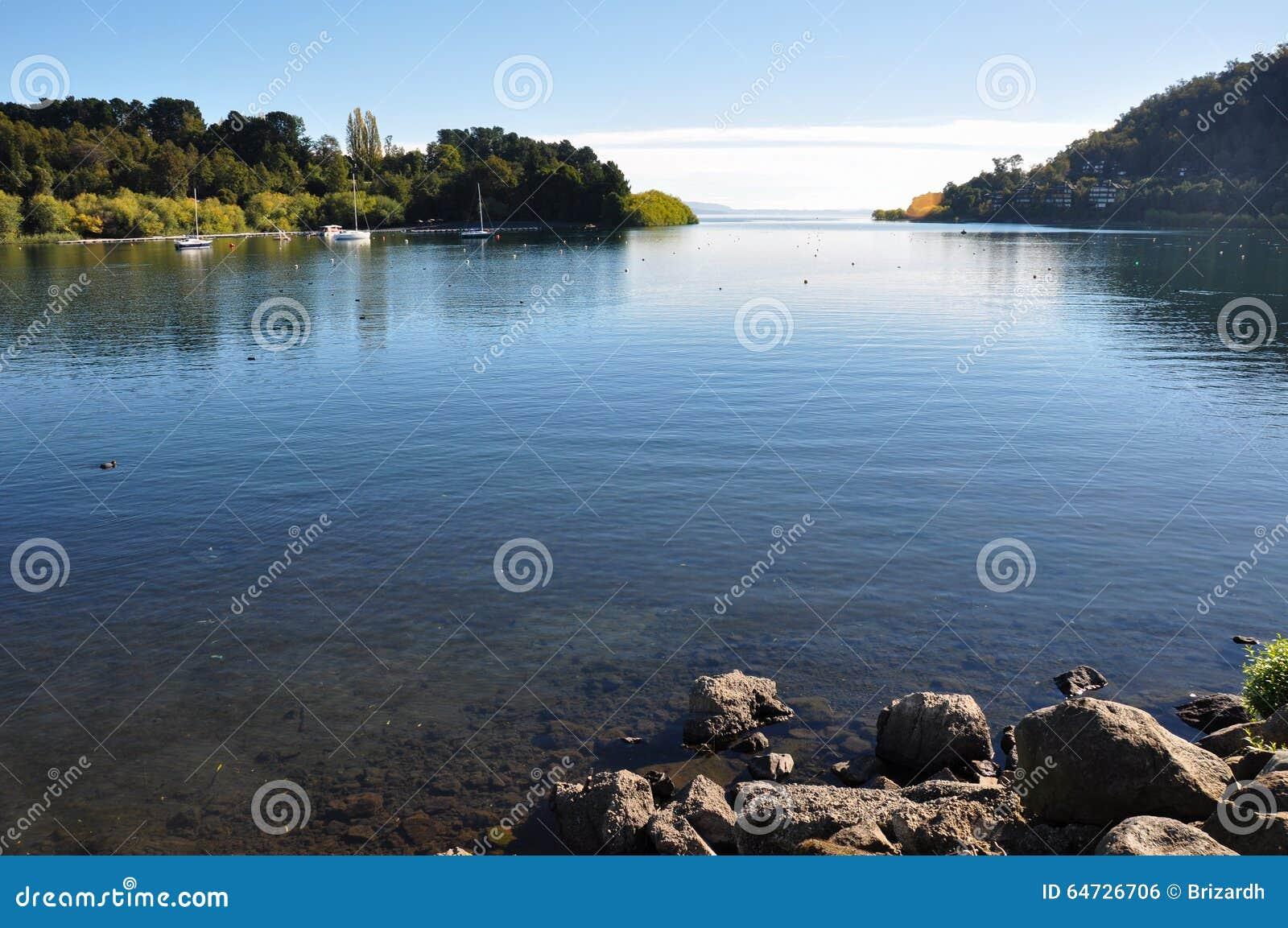 Lago Villarrica da Pucon, Cile