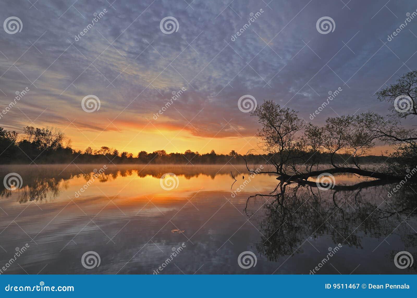 Lago Whitford di alba