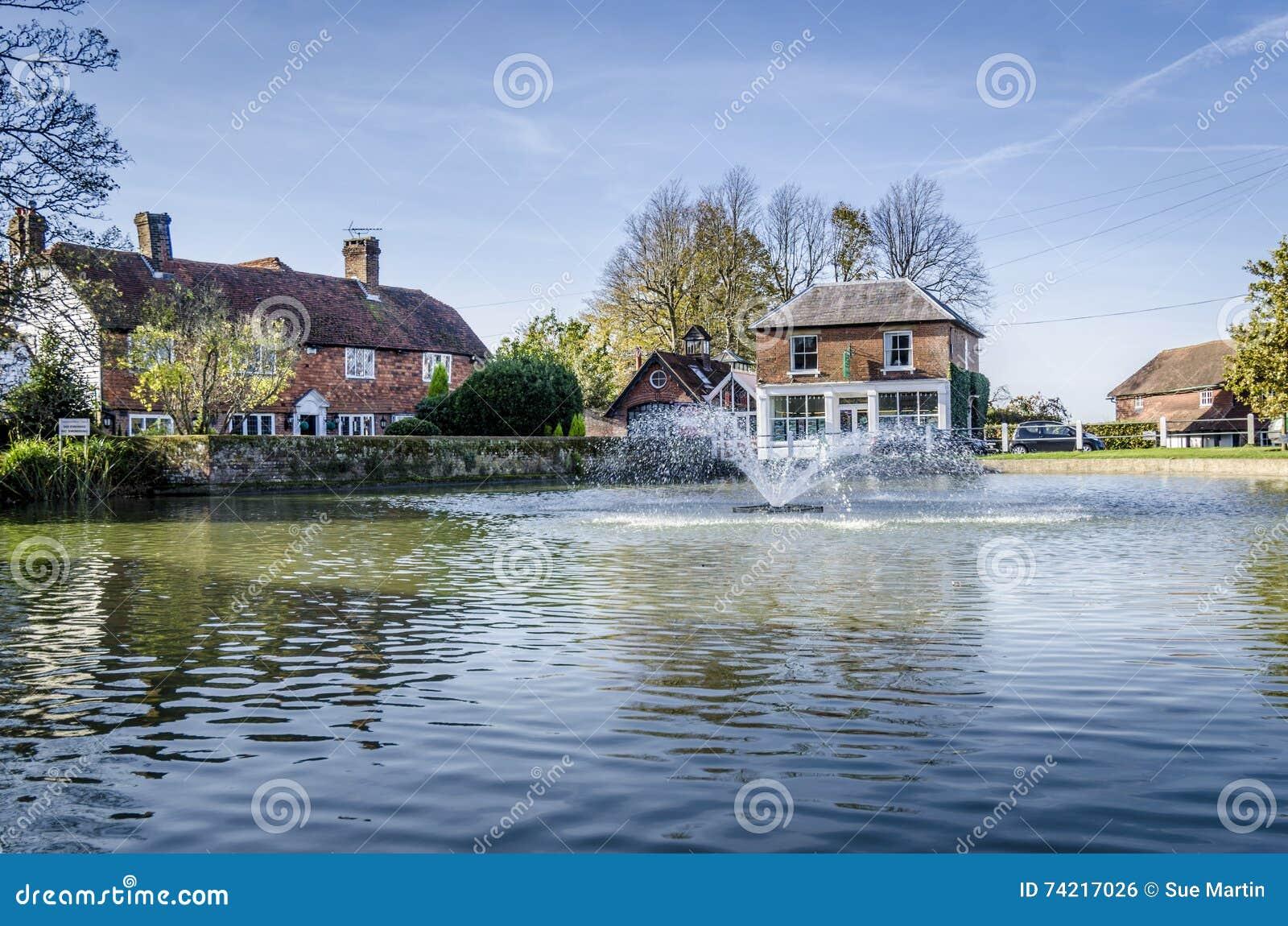 Lagoa da vila de Goudhurst