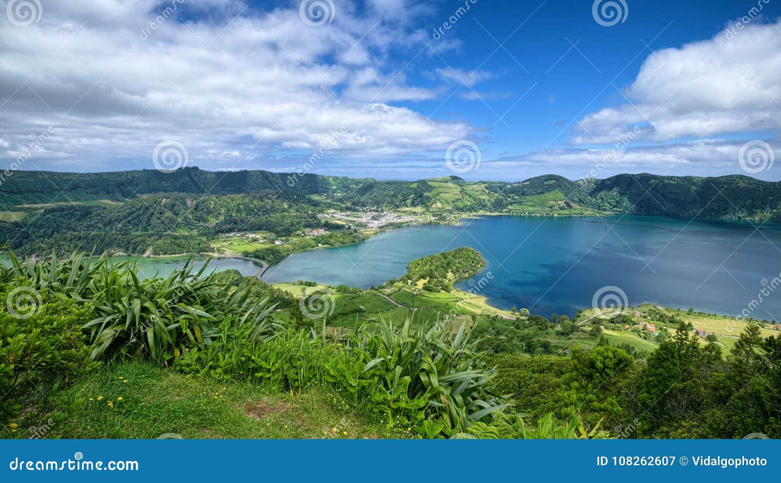 Lagoa Verde and Lagoa Azul lakes, Sao Miguel island, Azores, Portugal