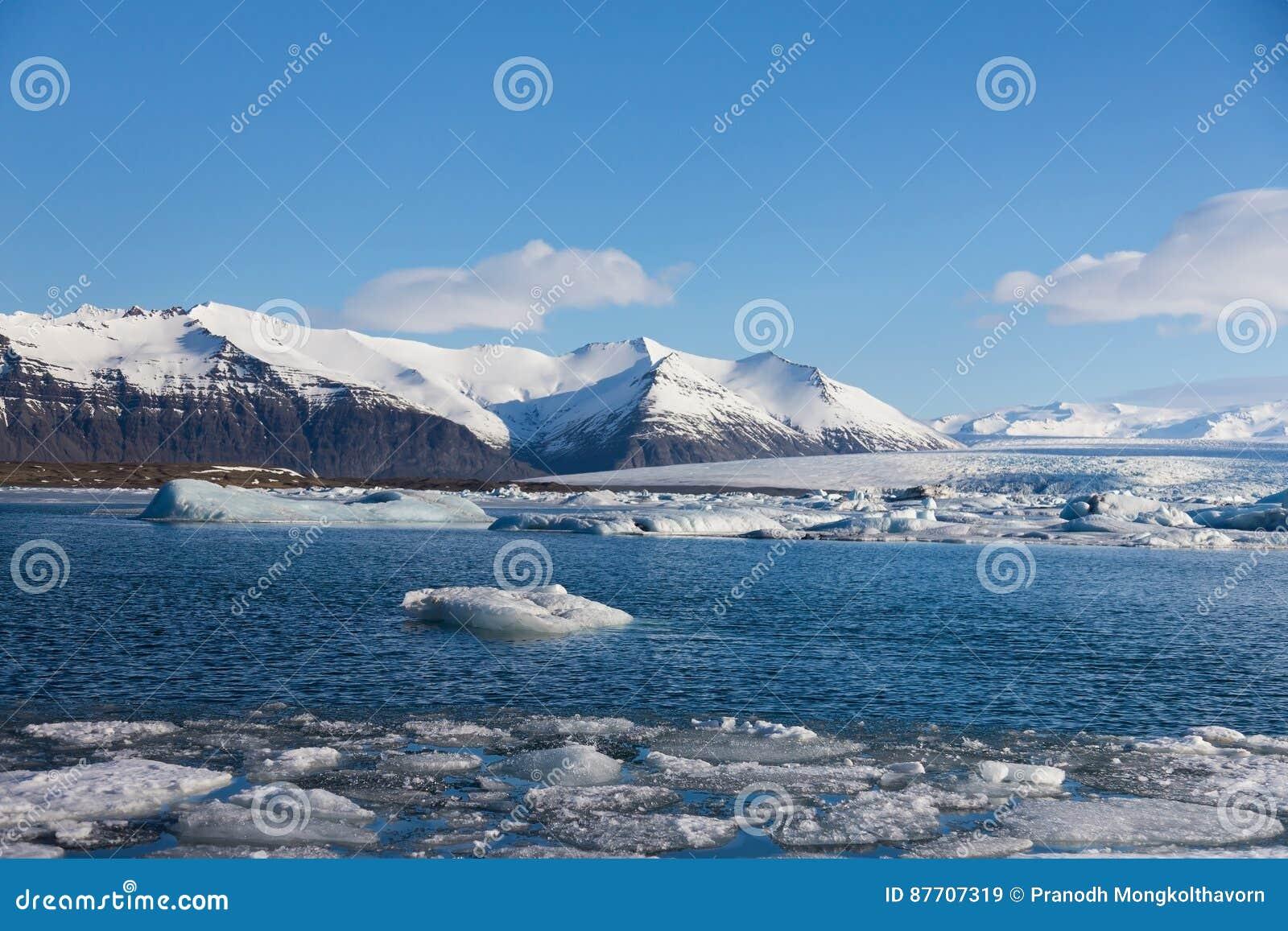 Lagune de l Islande Jakulsarlon pendant la saison d hiver