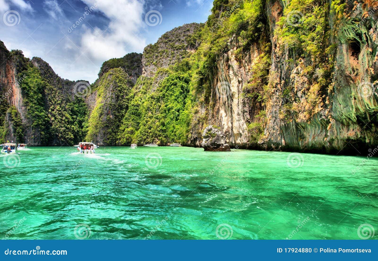 Lagune im KOH-Phi-Phi, Thailand.