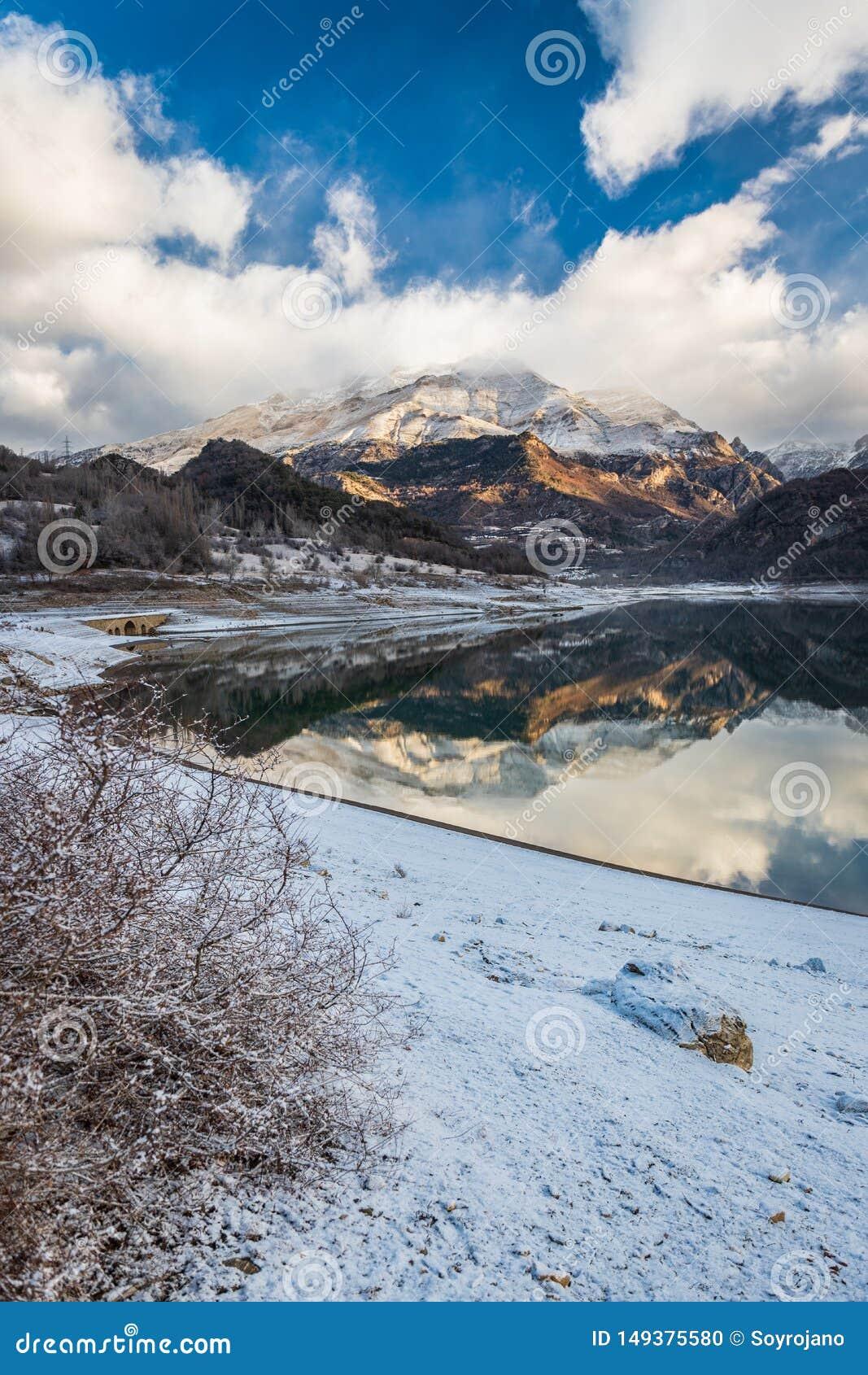 Lake Bubal mountain