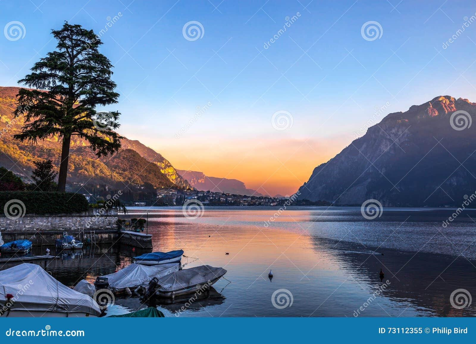 LAKE O ITALY EUROPE OCTOBER 29 Scenic View Lake o