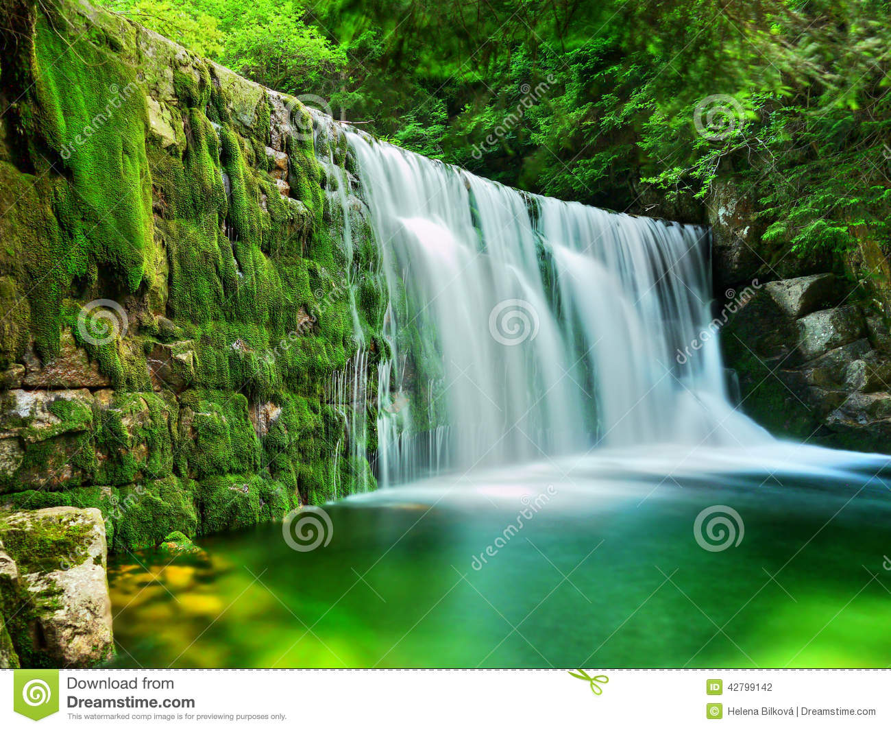 Lake Emerald Waterfalls Forest Landscape Stock Image of