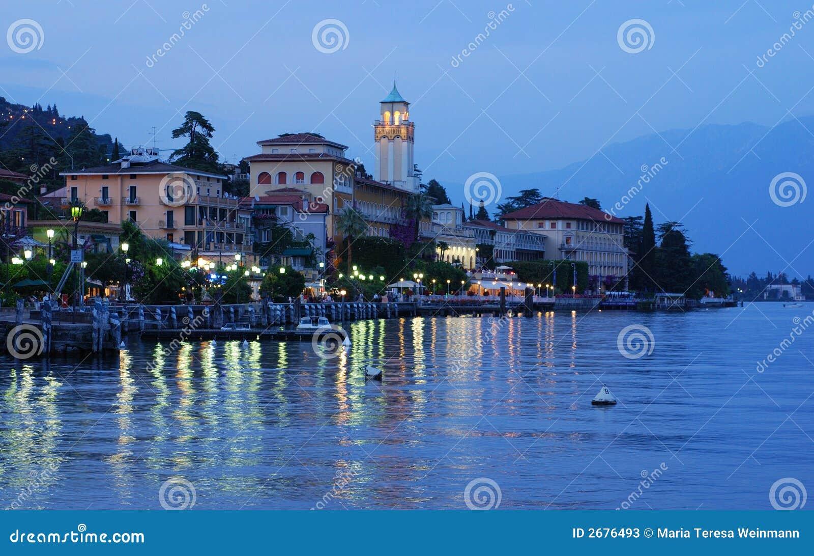 ... Gardona-Riviera on the westbank of lake Garda, Italy - evening view