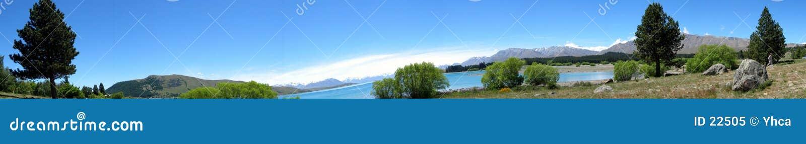 Lake & mountain panorama