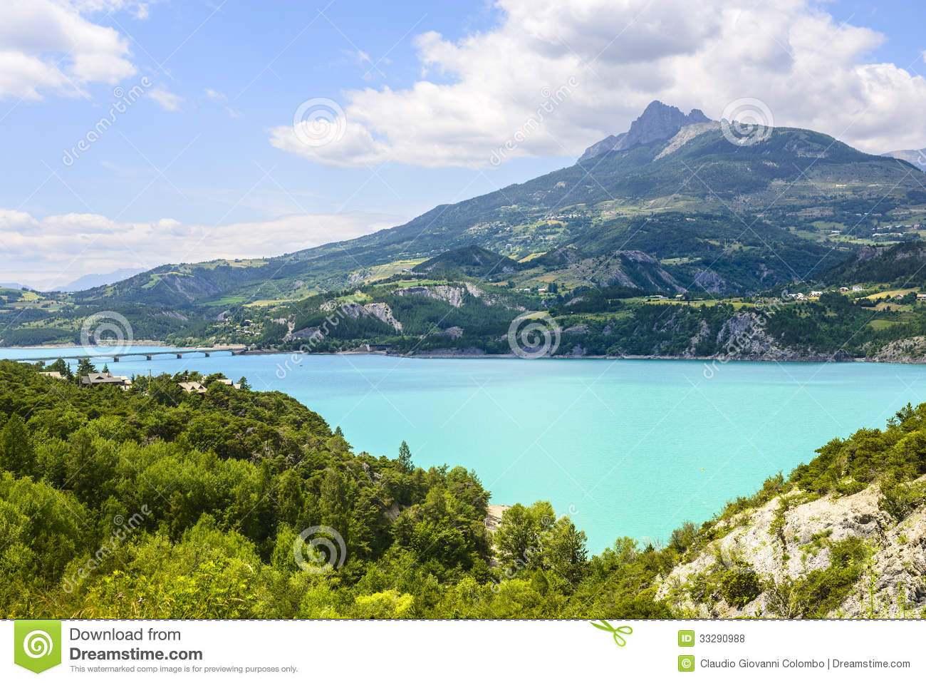 Lake of serre poncon french alps royalty free stock for Hautes alpes