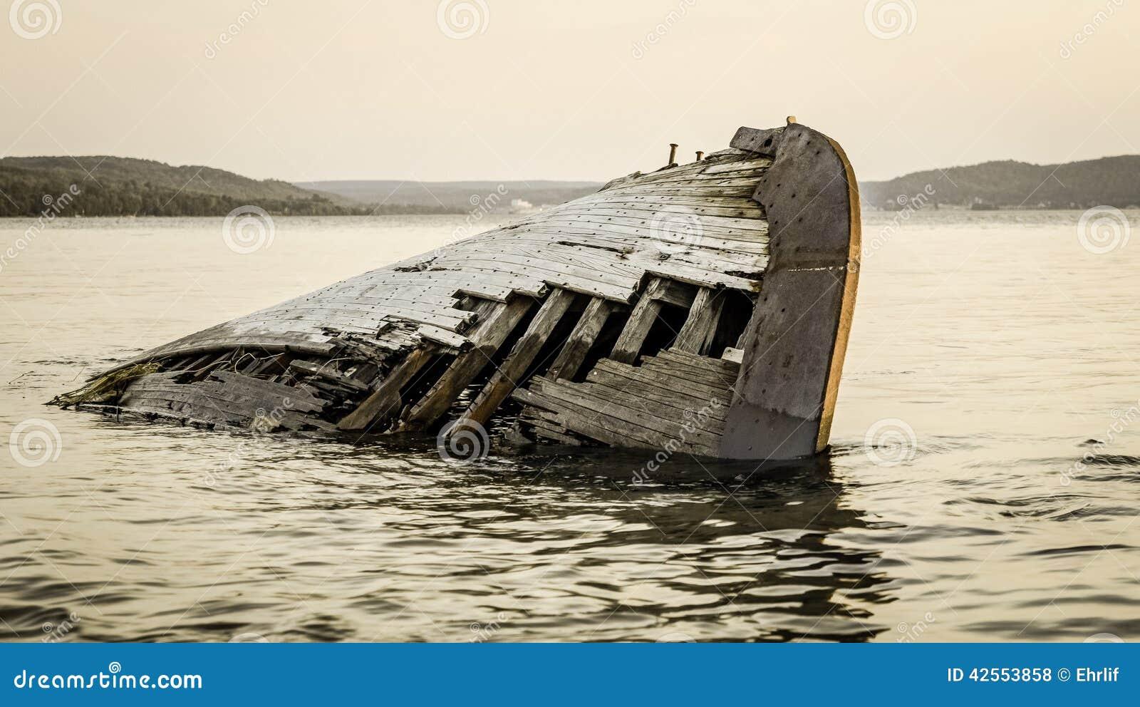 lake superior shipwreck stock photo image 42553858 shipwreck clipart resources shipwreck clip art free