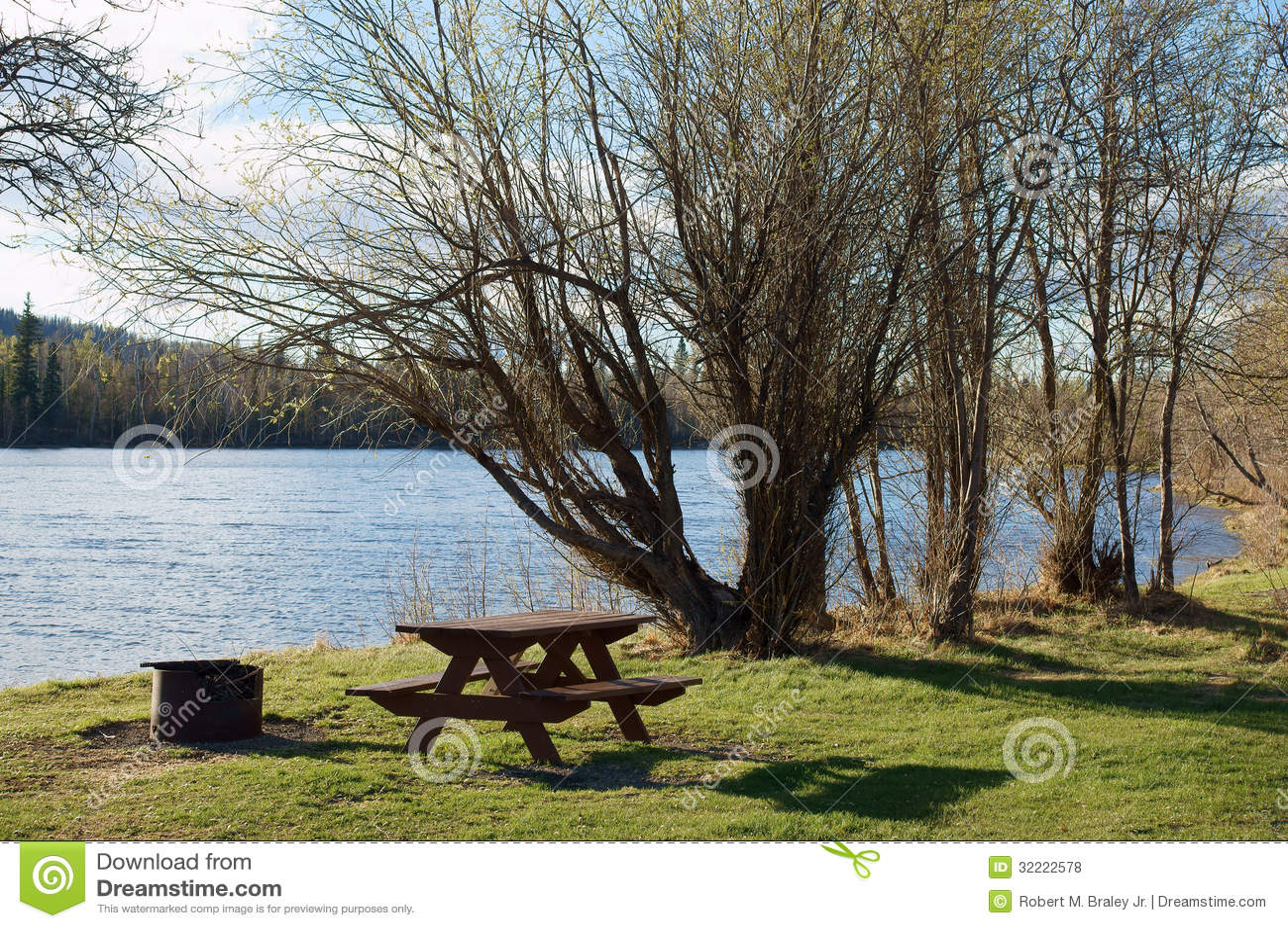 Download Lakeside Campsite stock photo. Image of campsite, campfire - 32222578