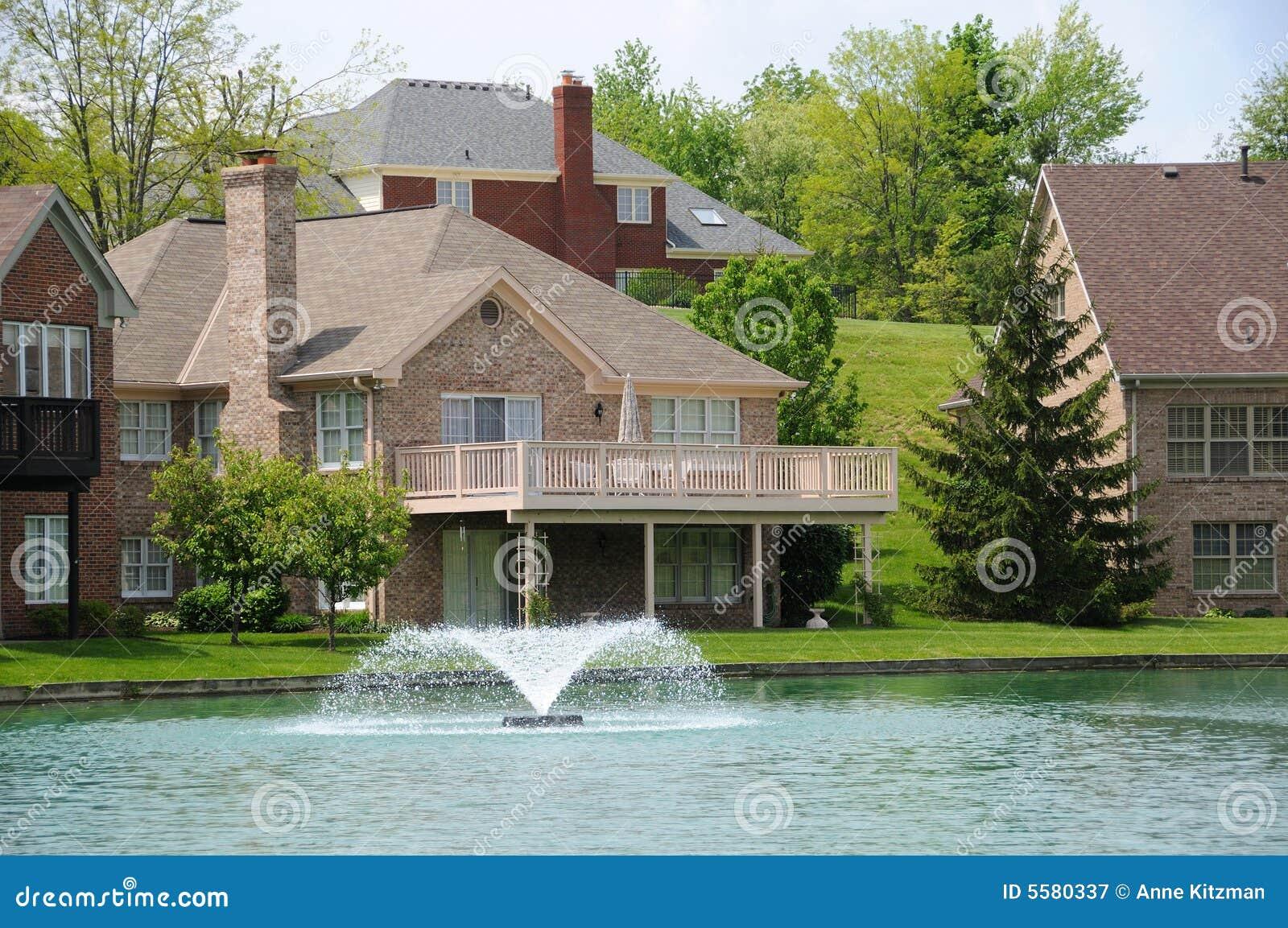 Lakeside Homes Royalty Free Stock Photography Image 5580337