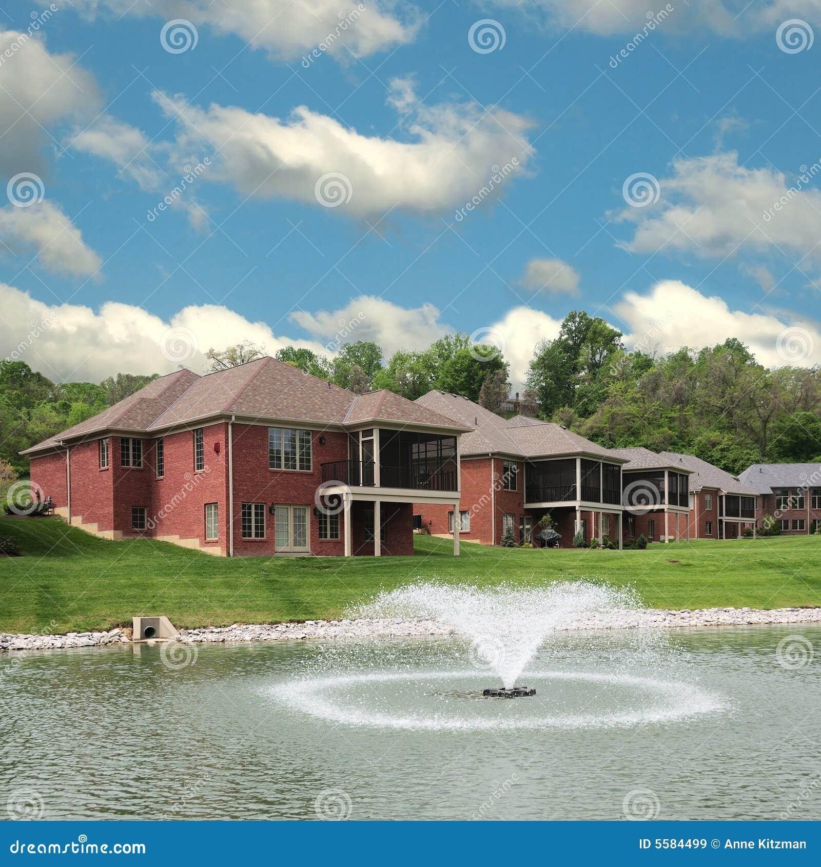 Lakeside Landominium Homes Royalty Free Stock Images