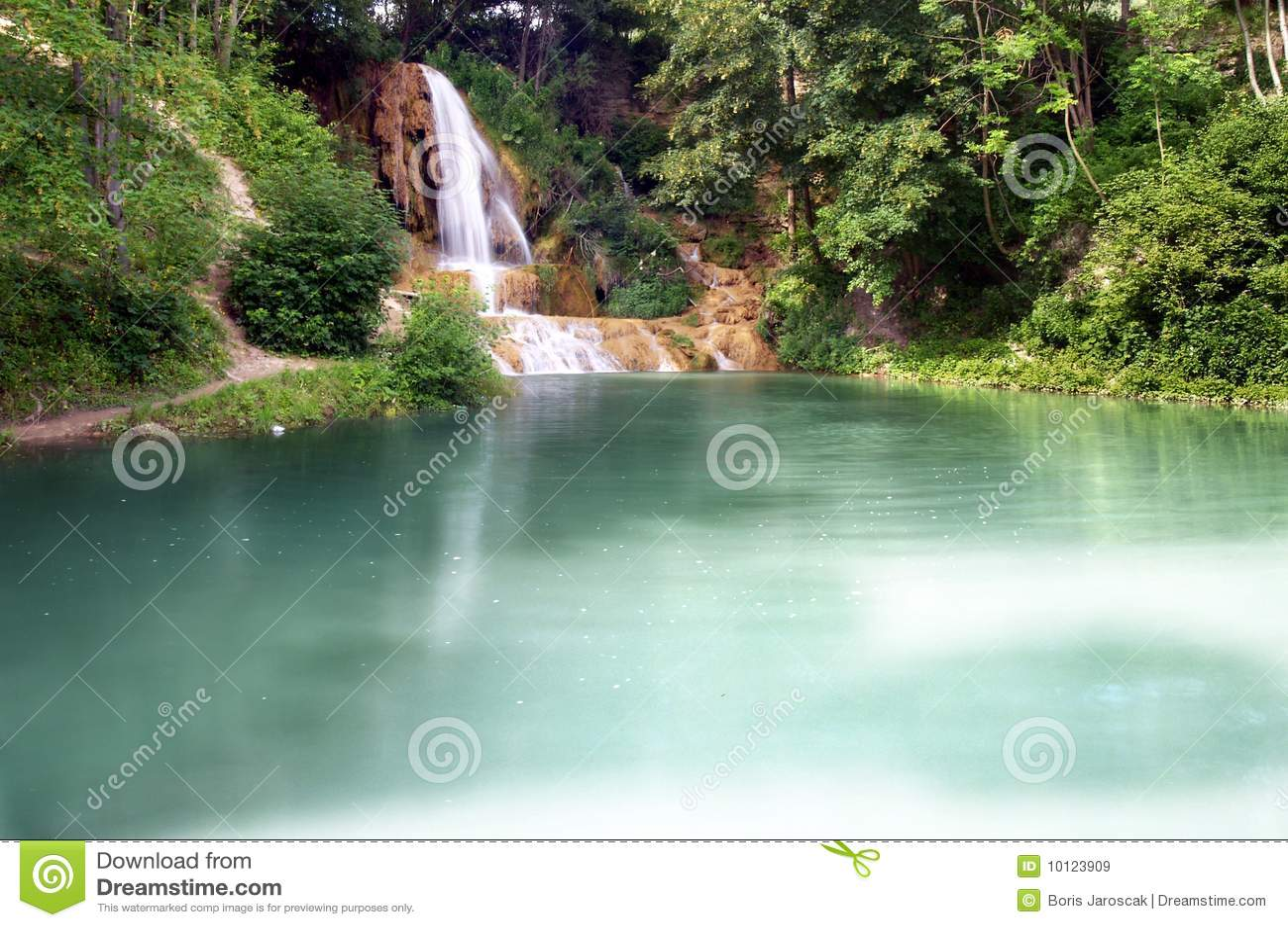 Lakevattenfall