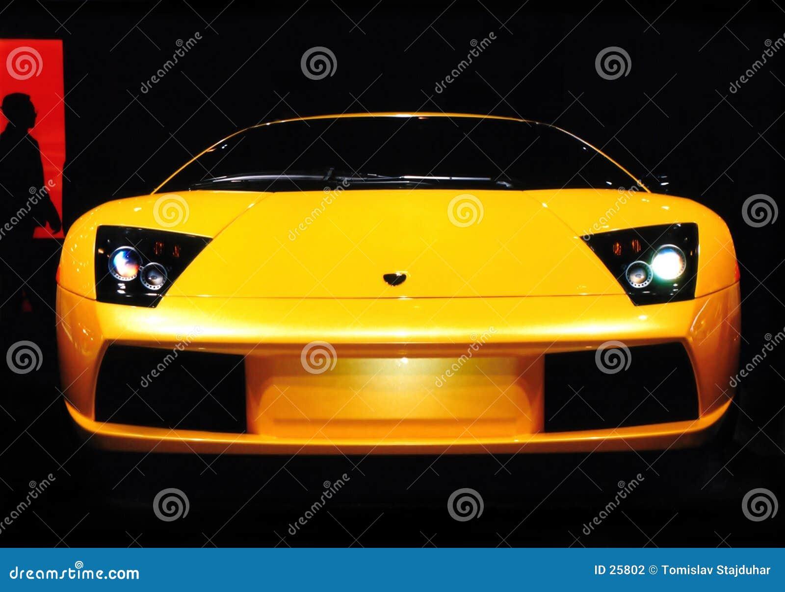 Lamborghini Auto-Leistung-Notwendigkeit an der Drehzahl