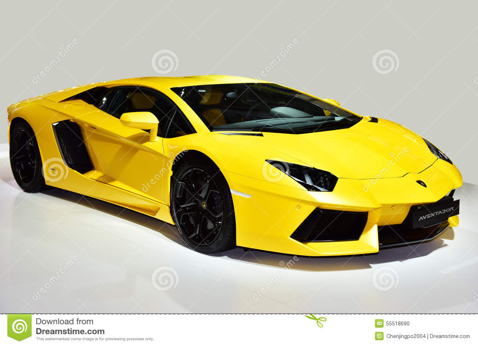 Lamborghini Aventador汽车