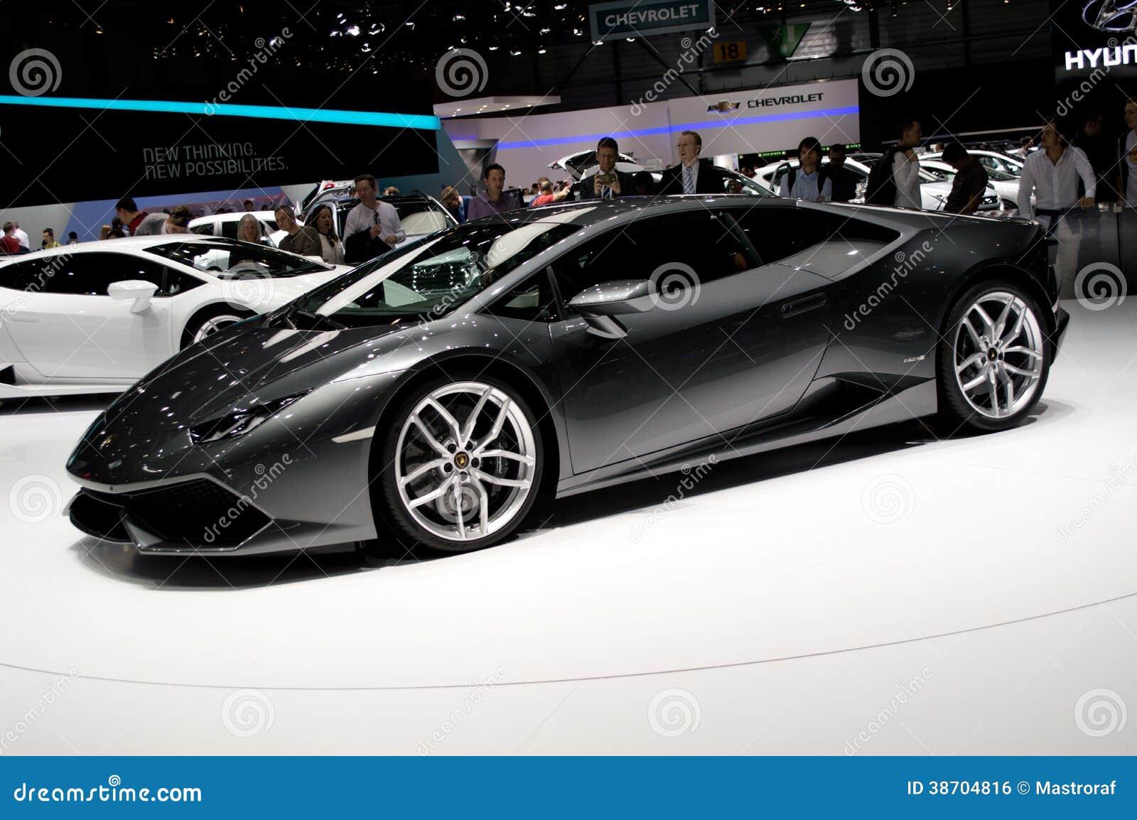 <a. Lamborghini Huracan Grey