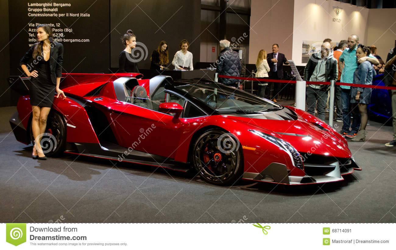 lamborghini veneno milan autoclassica 2016 photo ditorial image du puissant v hicule 68714091. Black Bedroom Furniture Sets. Home Design Ideas