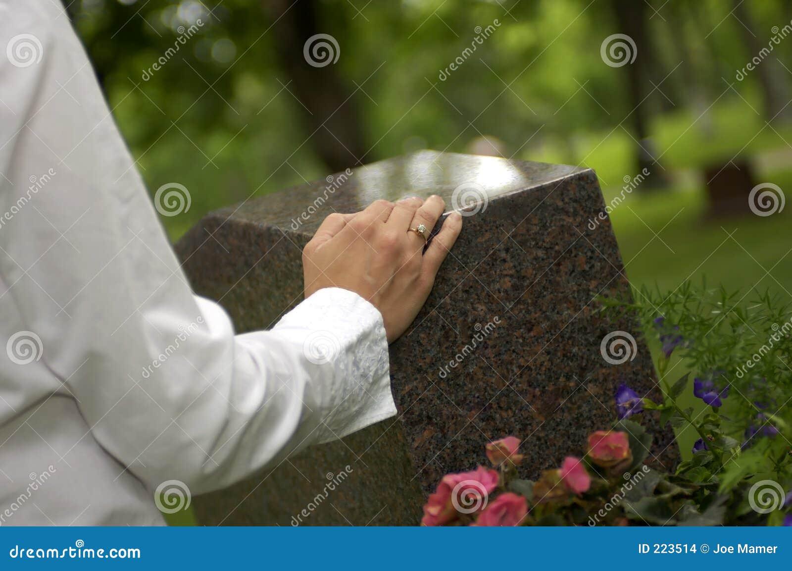Lamentação na sepultura 1