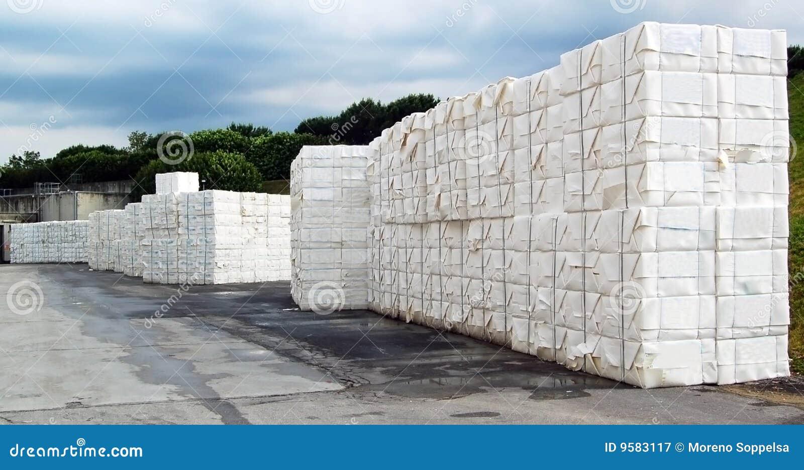 Laminatoio della pasta-carta e della carta - cellulosa