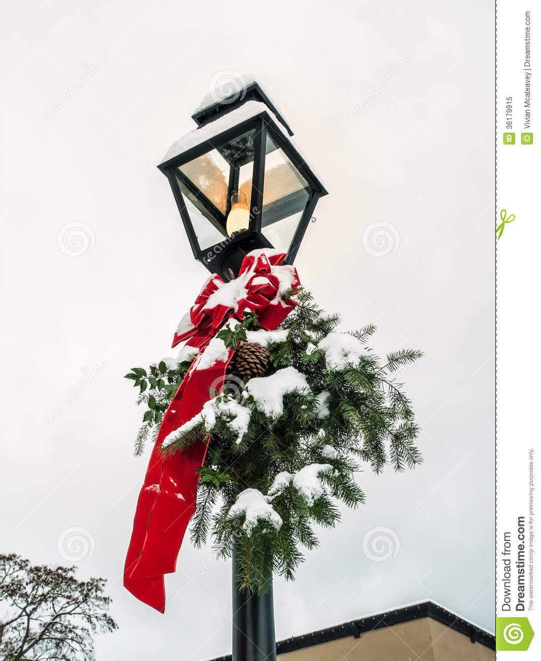 lamp post christmas decoration old red ribbon evergreen - Christmas Lamp Post Decoration