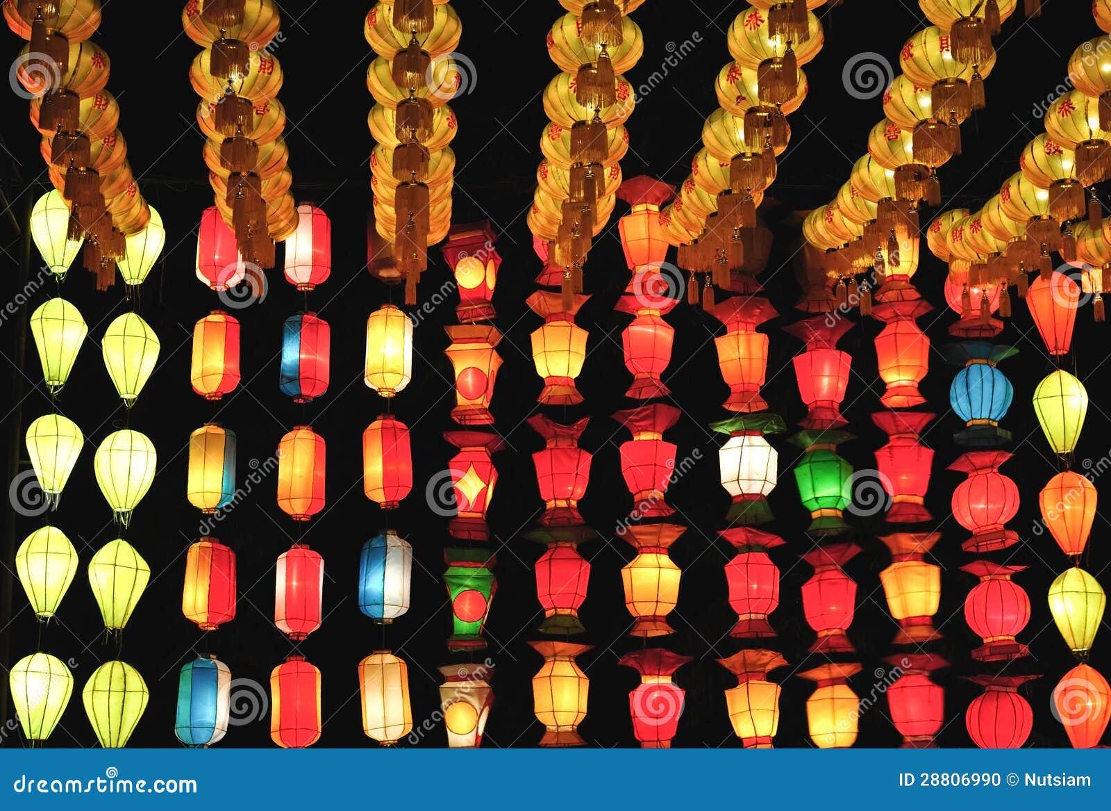 Decorare Lampadario Di Carta : Lampade di carta lampade modelli e idee per lampade in carta
