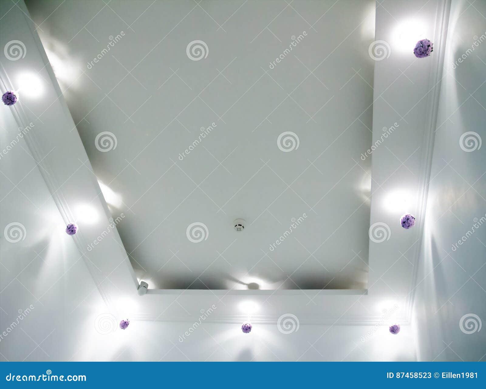 Plafoniere Rotonde Da Soffitto : Lampada rotonda del soffitto lampade d attaccatura moderne