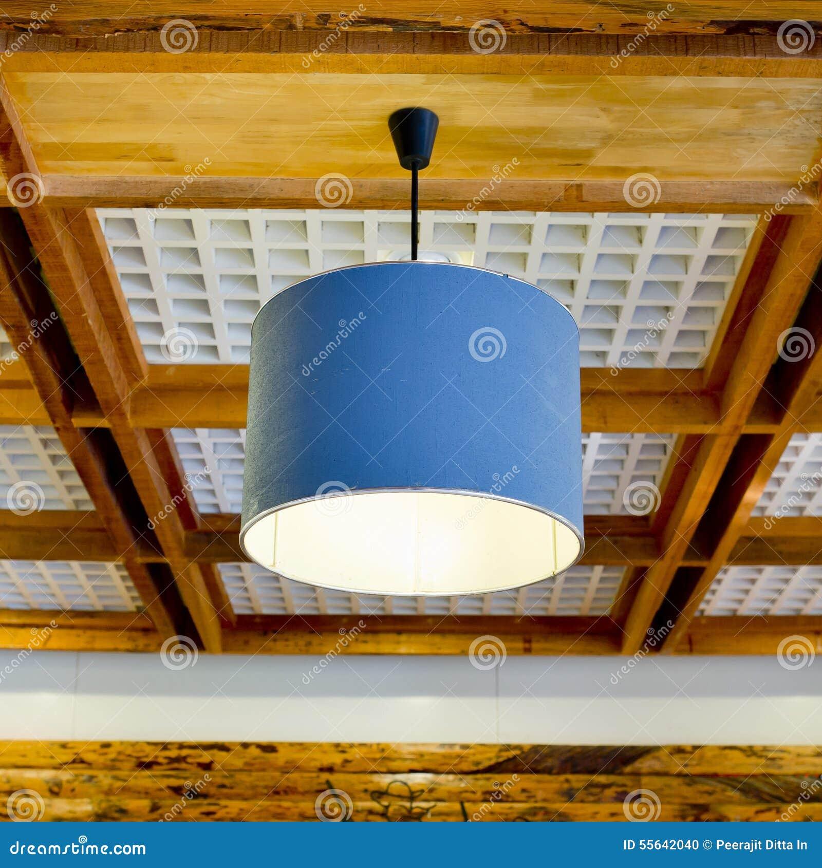 Luci Soffitto Legno: Con illuminazione a led e travature in legno per solai veneta tetti ...