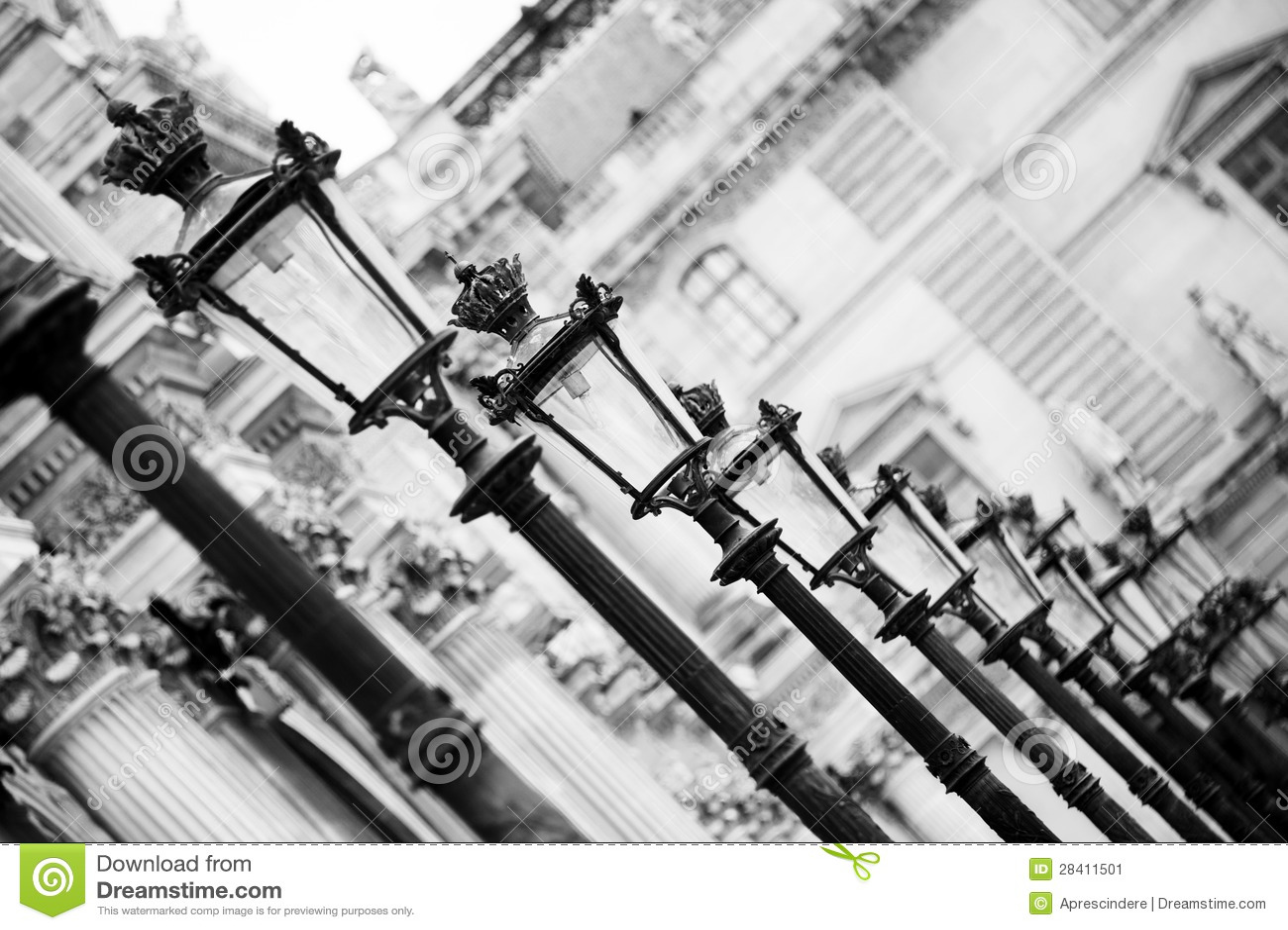 Lampade al Louvre - Parigi