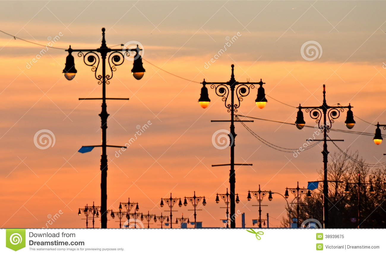 Lampade di via di Brighton Beach, New York.