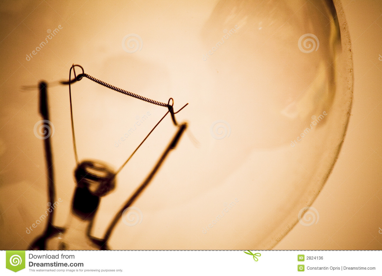 tungsteno lampadina : Colpo a macroistruzione del primo piano di una lampadina del tungsteno ...