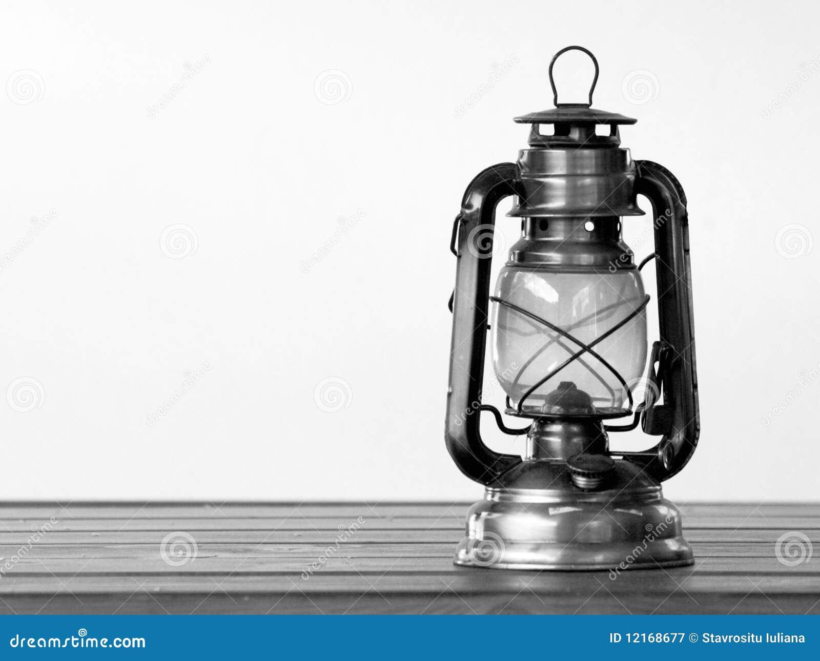lampe de gaz photographie stock libre de droits image 12168677. Black Bedroom Furniture Sets. Home Design Ideas