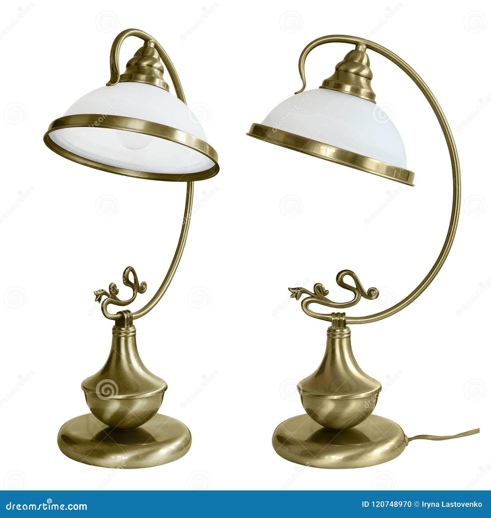 Lampe De Table De Vintage Avec Les Nuances En Verre Blanches Lecture