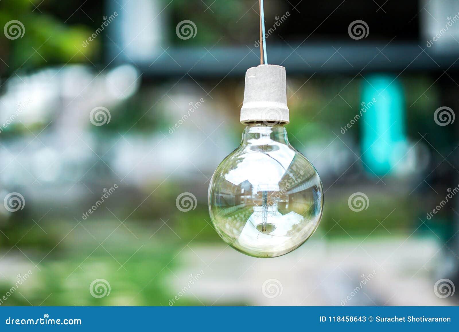 Lampe haute et macro de fin de cercle avec très le vert et les turquois de tache floue