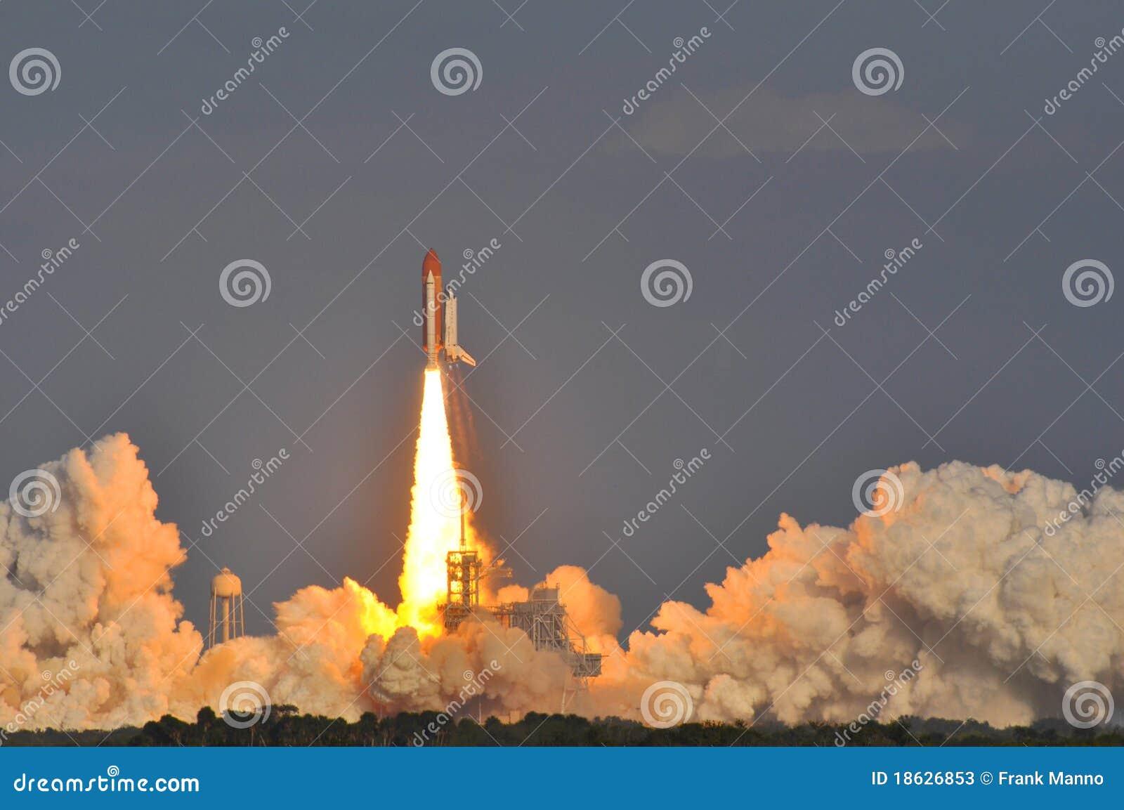 Lançamento da descoberta da canela de espaço