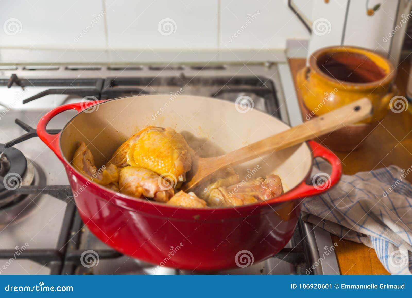 Lana żelazna potrawka z kurczaka drumstick