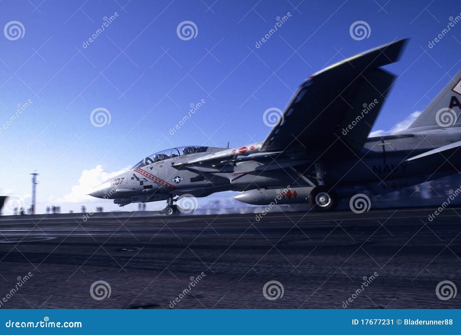 Lancement du Tomcat F-14