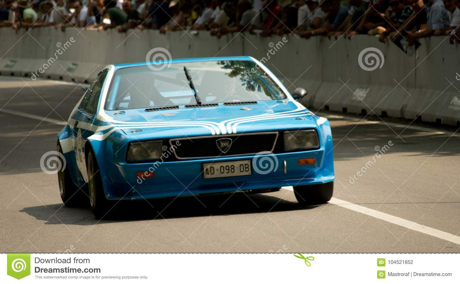 Lancia Beta Montecarlo Au Drapeau 2017 D U0026 39 Argent De