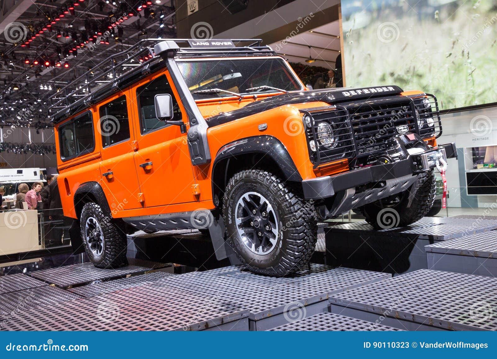 Land Rover Defender Auto Redaktionelles Stockfoto Bild Von Download Baumuster 90110323