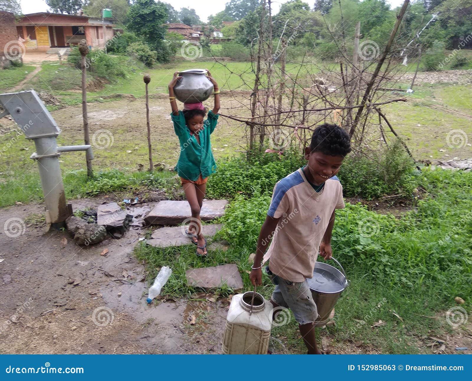 Landelijk opheffend water