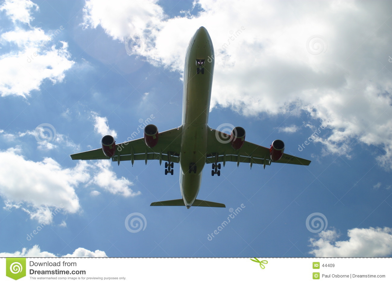 Landend lijnvliegtuig